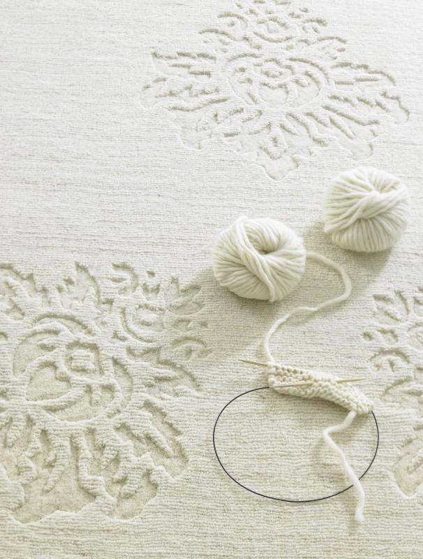 CAR Teppich weiße Blumen. jpg